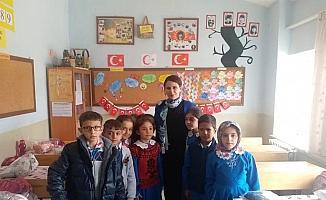 Derbent'te öğrencilere kışlık kıyafet yardımı yapıldı