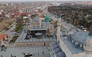 Rumi'nin insanlığa açık kapısı; Mevlana Müzesi
