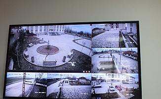 Ulaş'ta okullar 64 sabit kamerayla  izleniyor
