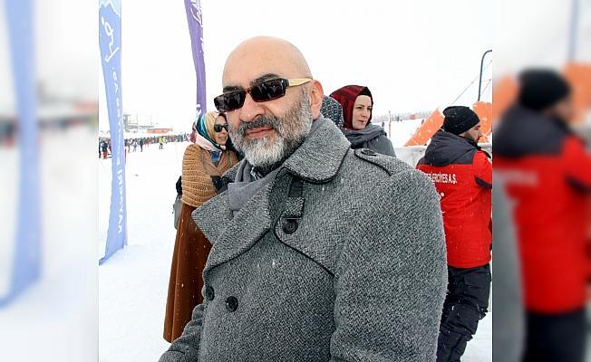 Erciyes'te kar voleybolu heyecanı