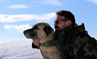 Kangal sevdalısı köpek eğitmeni 21 yılı geride bıraktı
