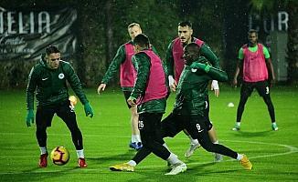 Konyaspor, Antalya'daki ilk çalışmasını yaptı