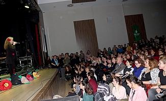 Yılmaz Güney Sahnesi  99 bin 190 kişiyi sanatla buluşturdu