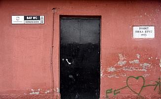 Cami tuvaletinin kapısını çalanlar tutuklandı
