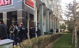 Konya'da 4. kattan düşen kadın öldü