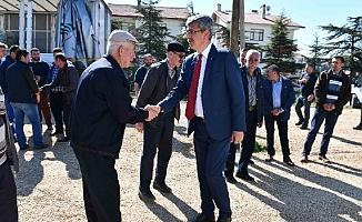 Beypazarı Belediyesi'nden çiftçilere tohum desteği