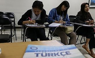 Endonezya'da Türkçe kursuna yoğun ilgi
