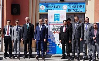 MEB Daire Başkanı Eriş'ten Yunus Emre Ortaokuluna ziyaret
