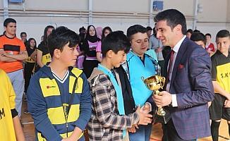 Şereflikoçhisar'da öğrencilere ödülleri dağıtıldı