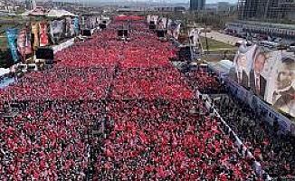"""(Video Haber) """"Hırsız Mansur""""  Büyük Ankara Mitinginde bu sloganlar atıldı."""