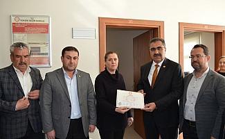 Ilgın Belediye Başkanı Ertaş mazbatasını aldı