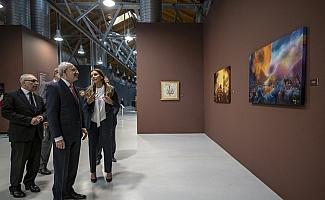 Kılıçdaroğlu, resim sergisi gezdi