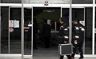 Kırıkkale'de, iş merkezinde 6 kişi dumandan etkilendi