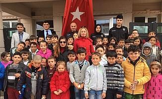 Ulaş'ta öğrenciler İlçe Emniyet Amirliği'ni ziyaret etti