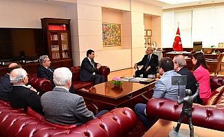 Uysal'dan, Kılıçdaroğlu'na geçmiş olsun ziyareti