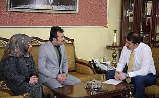 Vali Ayhan vatandaşların sorunlarını dinledi
