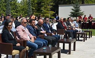 Beyşehir Ali Akkanat Turizm Fakültesi'nde mezuniyet proğramı