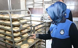 Beyşehir'de zabıta ekipleri bayram öncesi denetimlerini sıklaştırdı