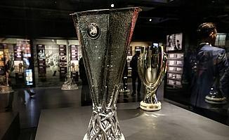 Galatasaray'ın UEFA Kupası zaferinin 19. yıl dönümü