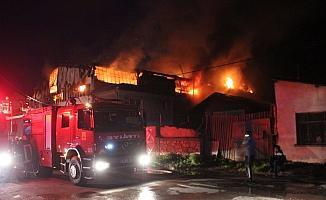 - Konya'da mobilya atölyesinde yangın