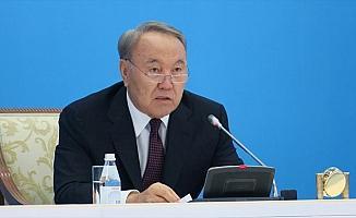 Türkiye'nin önerisiyle Nazarbayev 'Türk Konseyinin Ömür Boyu Onursal Başkanı' oldu