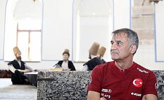 A Milli Futbol Takımı, Mevlana Müzesi'ni ziyaret etti