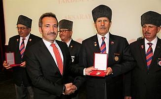 Aksaray'da Kıbrıs gazilerine madalya ve berat tevcih töreni