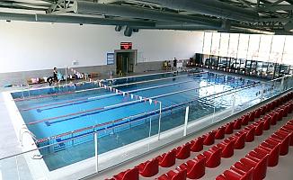 Çankaya'da yüzme havuzuna yoğun ilgi