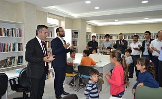 Doğanşar'da yeni halk kütüphanesi açıldı