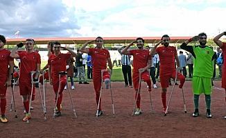 Kırşehir'de anlamlı maç