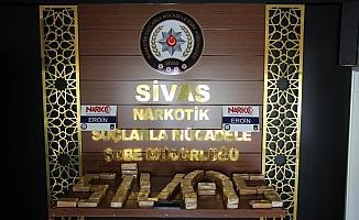 Sivas'ta 28 kilo 885 gram eroin ele geçirildi