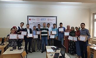 Ulaş'ta öğretmenlere robotik kodlama eğitimi