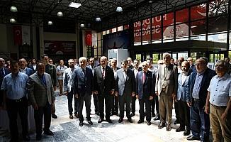 AA'nın 15 Temmuz fotoğraflarından oluşan sergi ATO'da açıldı