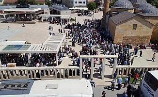Kırşehir'de hacı adayları kutsal topraklara uğurlandı