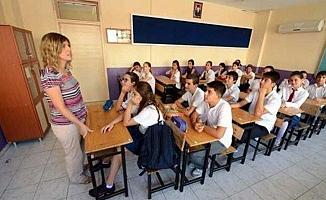 Okullara iki yeni ara tatil düzenlemesi Resmi Gazete'de