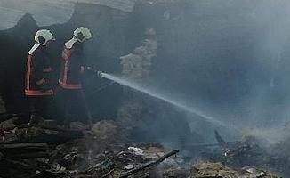 Ankara'da korkutan yangın, 4 ev kullanılamaz hale geldi