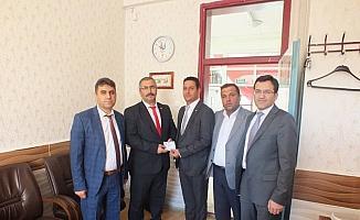 Beyşehir'de ihtiyaç sahibi öğrencilere eğitim yardımı