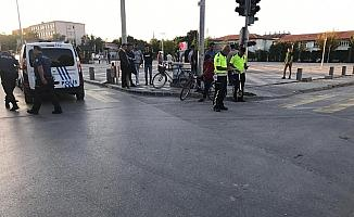 Bisikletliye çarpıp kaçan ehliyetsiz kamyon sürücüsü yakalandı
