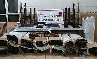 Kargo aracında kaçak 340 av tüfeği ele geçirildi