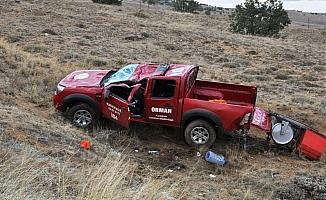 Kırıkkale'de kamyonet şarampole devrildi: 2 yaralı
