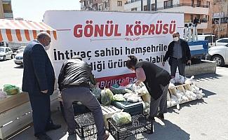 Altındağ'daki semt pazarında