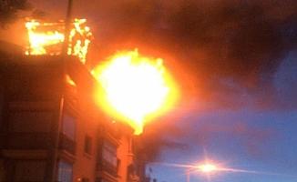 Ankara'da oturduğu evi ateşe verdi
