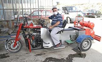 Emekli Abdullah amcanın üç tekerli