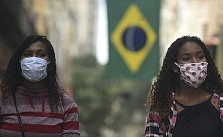 Kovid-19 nedeniyle son 24 saatte Hindistan'da 1057, Brezilya'da 984, Meksika'da 518 kişi öldü