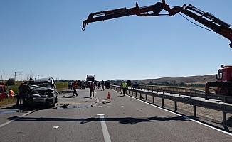 Sivas'ta trafik kazaları: 2 yaralı
