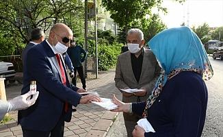 Keçiören Belediyesi kıyafet dezenfektanı üretiyor