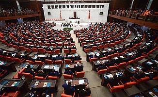 """Meslek örgütlerine """"çoklu baro"""" düzenlemesi mecliste"""