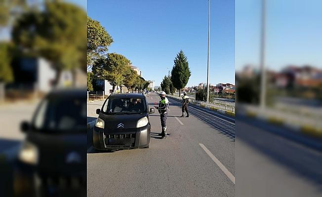 Trafik ışık ve işareti ihlali nedeniyle 394 araç trafikten men edildi