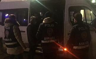 Ankara'da 40 düzensiz göçmen yakalandı
