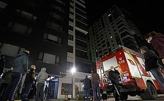 Başkentte 14 katlı binada yangın paniği